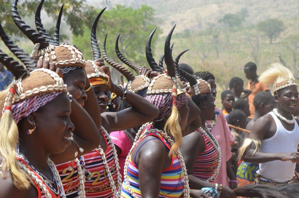 Traditionelle Riten und Tänze der Koutamakou im Tambermatal.