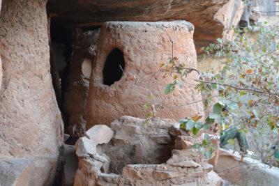 Während unserer Togo-Reise besuchen wir die Grotten von Nok