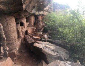 Die Grotten von Nok